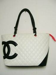 Quilted Bicolor Cambon Leather Toto Bag White Black W/g Card Ladies Auth