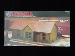 Lionel Passenger - Freight Station Kit 6-12734 Factory Sealed