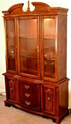 Cherry Lighted China Cabinet/hutch Regal Manor 1960and039s In Perfect Cond. 2 Pieces