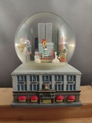 1999 Macy's Thanksgiving Day Parade Musical Snow Globe Twin Towers Nyc Barney
