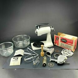 Chrome Sunbeam Mixmaster Mixer W S/l Glass Bowls 2 Beater Sets And Accs. Vintage