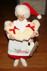 Dept. 56, Possible Dreams Clothtique, Comfort And Cuddles 6006038 Mrs. Claus