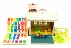 Vintage Fisher Price Little People Play Family School House Toys 923 1971