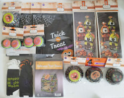 Halloween Wilton Cupcake Baking Cups, Treat Boxes And Treat Bags Large Lot