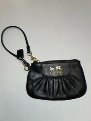 BRAND NEW Coach Black Classic Leather Small Bag Wallet Clutch Purse $45.00