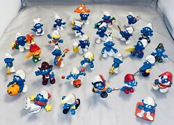 Lot Of 30 Vintage Smurfs Peyo Schleich 1970and039s 1980and039s Collectible Figures Rare