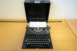 Vintage Imperial Typewriter The Good Companion Model T - Serviced And New Ribbon