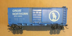 Ho Roundhouse 40' Gn Box Car. Central Valley Trucks, Kd Couplers