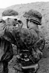 Wwii Photo Wounded German Soldier Head Wound Ww2 World War Two Medic / 2104