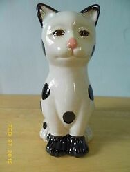 NANTUCKET HOME BLACK AND WHITE FOLK ART CAT FIGURINE CERAMIC