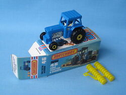 Lesney Matchbox 46 Ford Tractor Blue Body Farming Picture Box Yellow Hubs