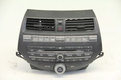 Honda Accord 08-12 AMFM Radio 6 CD Changer Player Auto Climate Control