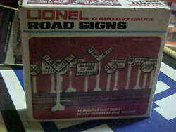 Lionel,,,, 2180-------road Signs