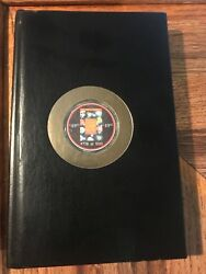 The Official Us Casino Chip Price Guide Poker Chips 1999 Autographed With Chip