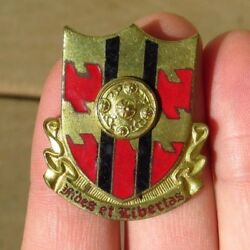 Ww2 Us Army Military 420th Field Artillery Bat. Di Dui Pin Crest Theater Made