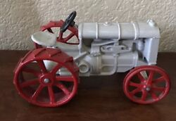 Old Collectible Ertyl Diecast Fordson Arcade Tractor Toy Red And White Paint