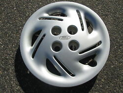 One Factory 1997 To 2001 Ford Escort 14 Inch Hubcap Wheel Cover