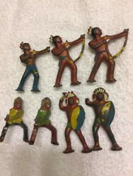 Vintage Barclay Lot Of Indian Lead Soldiers