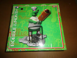 Phillies Phillie Phanatic Bobblehead Of Month-hot Dog And 2017 Fathead Schedule