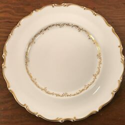 Royal Doulton Richelieu 1 Dinner Plate H4957 Gold Scrolls Leaves On White