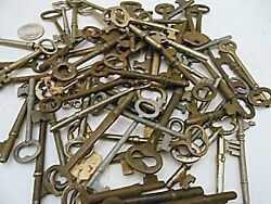 60+ Large Huge Big Lot Of Skeleton Keys Different Sizes And Cuts Collectible Craft