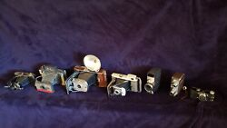 Vintage Camera Lot, Display Retro Collage Polaroid, Agfa, Bell And Howell