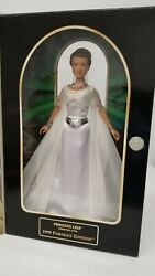Princess Leia Ceremonial Gown 1999 Portrait Edit Star Wars Classic Collect New
