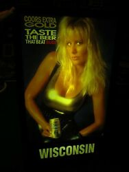 COORS,THE BEER THAT BEAT BUD, WISCONSIN,LIGHTED PIN-UP GIRL WORKING SIGN, RARE