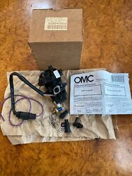 Nos Omc Johnson Evinrude 5004562 Fuel And Oil Pump Assembly