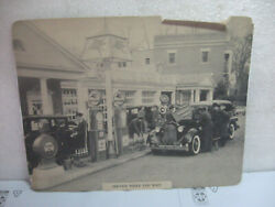 Vintage 1940 Mobil Gas Service Station Picture Service While You Wait