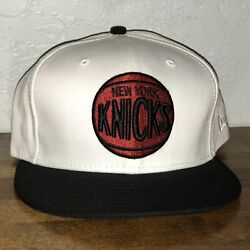 New York Knicks New Era 59fifty Fitted Size 7 3/8 Logo Hat Cap