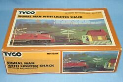 Vintage Tyco Ho Scale Electric Trains Operating Signal Man With Lighted Shack