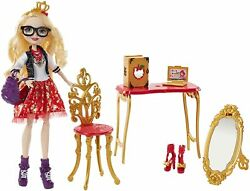 Ever After High Apple White Room to Study Doll