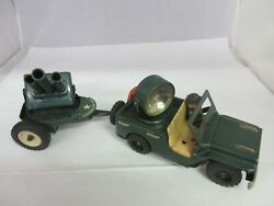 Vintage Tin Battery Opperated Military Jeep And Gun Trailer Toy  799