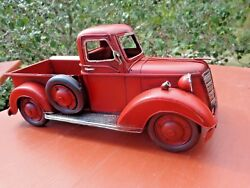 New In Box Farmhouse Red Metal Pickup Truck With A Side Mounted Spare Tire