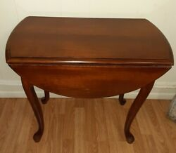 Vintage Traditional Queen Anne Drop Leaf End Accent Table Solid Wood Lamp
