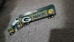 Fleer Collectibles - Green Bay Packers - Semi Truck And Trailer - Dated 2005