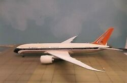 Sm Sm2787020 South African Airways Boeing 787-800 Zs-ses Diecast 1/200 Model