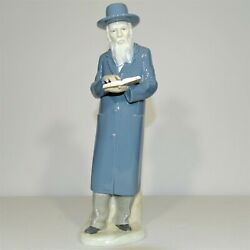 Nao By Lladro Porcelain Figurine The Rabbi Dated 1981 Mint Condition