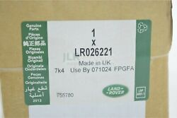 Land Rover Range Rover Front Brake Pads Hardware And Wear Sensor New In Box