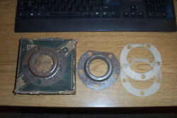 2 Nors Chryslerdodgedesotoplymouth 1936-42 Rear Axle Seals 43-294