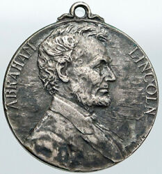 1909 United States President Lincoln Birth Centennial Silver Medal Coin I87573