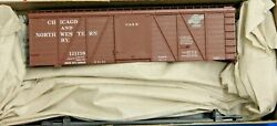 Ho Scale - Accurail 1180 Chicago And North Western 36' Fowler Wood Boxcar - Kit