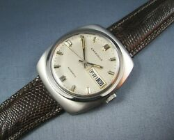 Vintage Bulova Caravelle Stainless Steel Automatic Mens Day Date Watch 1979