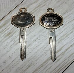 2 Vtg Old Insured Home Insurance Co Ny Advertising Crest Car Key Type D Uncut