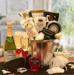 Deluxe Romantic Evening For Two Gift Basket $89.99