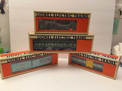 Vintage Lionel 4 Train Cars, 24 Tracks And Train Controller