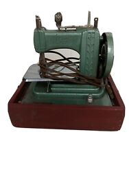 Vintage Betsy Ross Toy Electric Sewing Machine Model 707-e Green With Red Case