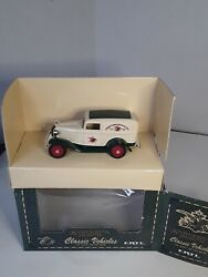 Vintage, Ertl Anheuser-busch Classic Trucks 3,1991, Shipped Priority Mail.