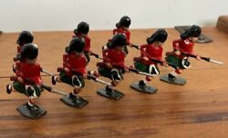 8 X Antique John Hill And Co Scottish Highland Regiment Lead Soldiers Britains